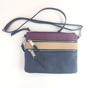 Color block adjustable strap cross body purse